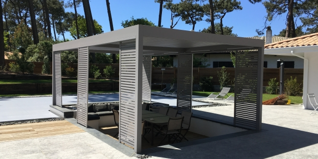 pergola bioclimatique d coration par ambiance ext rieure. Black Bedroom Furniture Sets. Home Design Ideas